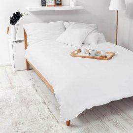 white bedding white pocket