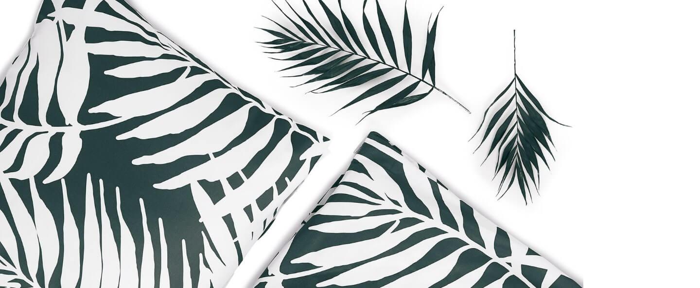 palm trees white pocket