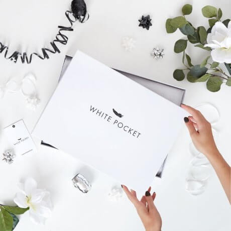 białe pudełko white pocket